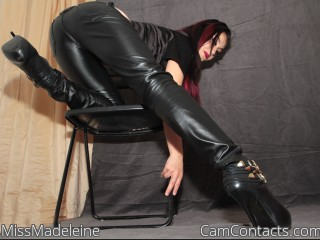 Bondage chat with Princess MissMadeleine needs torture play