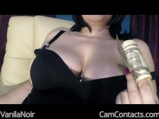 Live with Stringent Fuckslut VanilaNoir desires fetish play