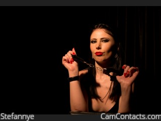 Cam 2 cam with Domme Stefannye craves to verbally humiliate